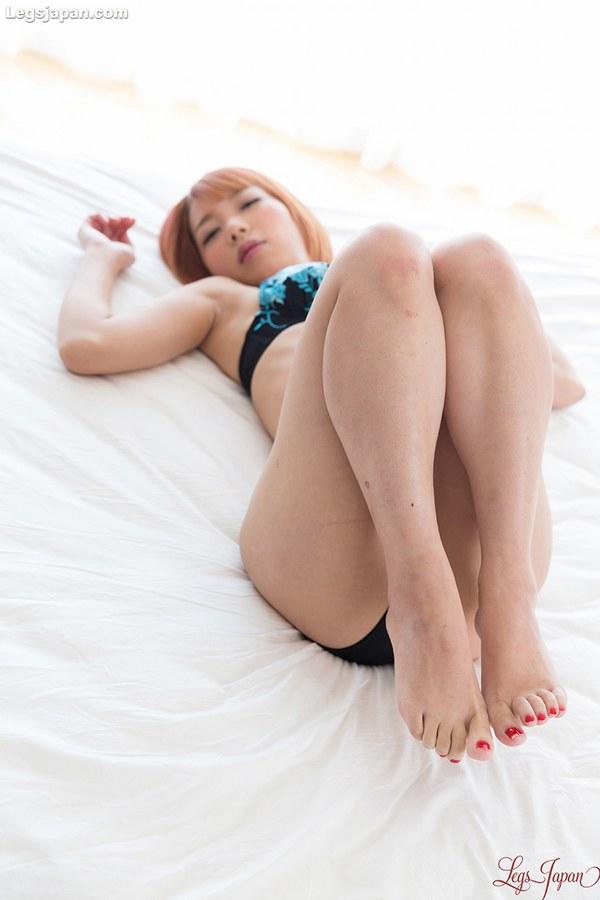 Feet sexy japanese nude